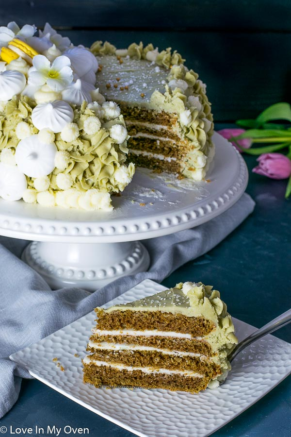 matcha-vanilla cake