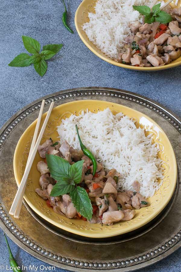 easy thai basil chicken