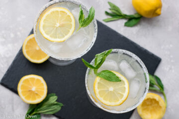 lemon vodka cocktail