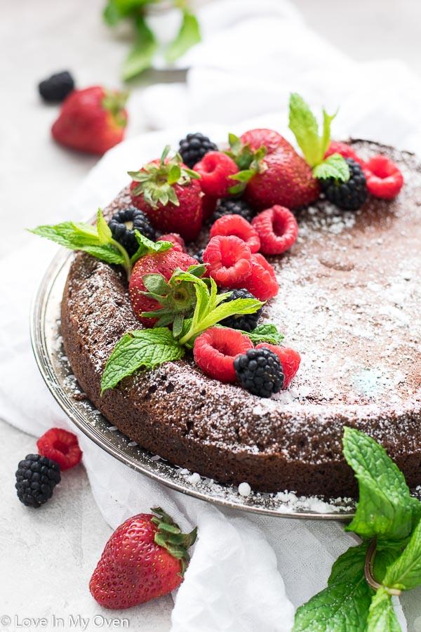3 ingredient flourless chocolate cake