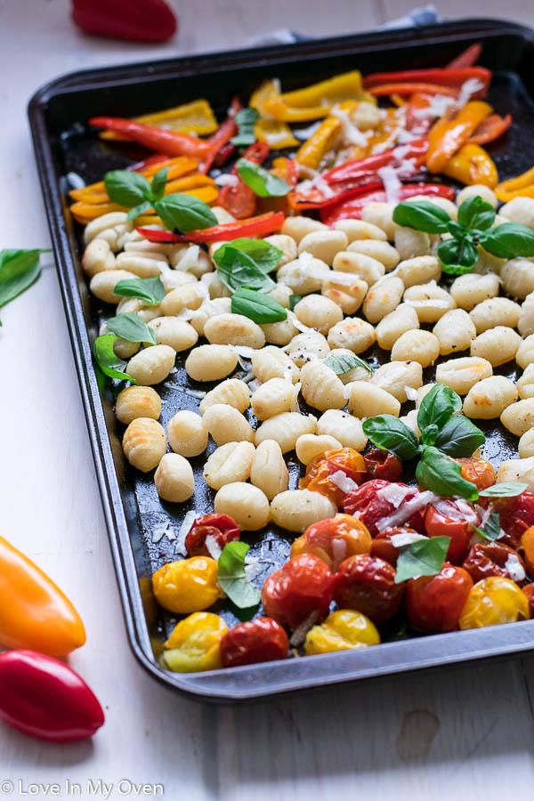 crispy sheet pan gnocchi