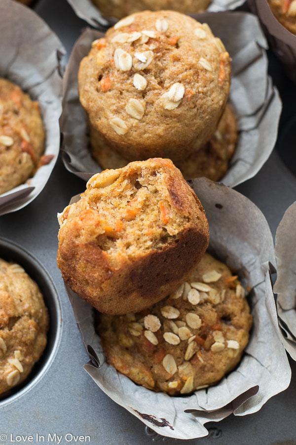 healthy banana carrot muffins