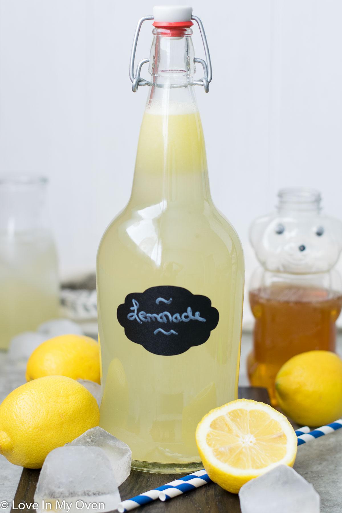 easy honey lemonade